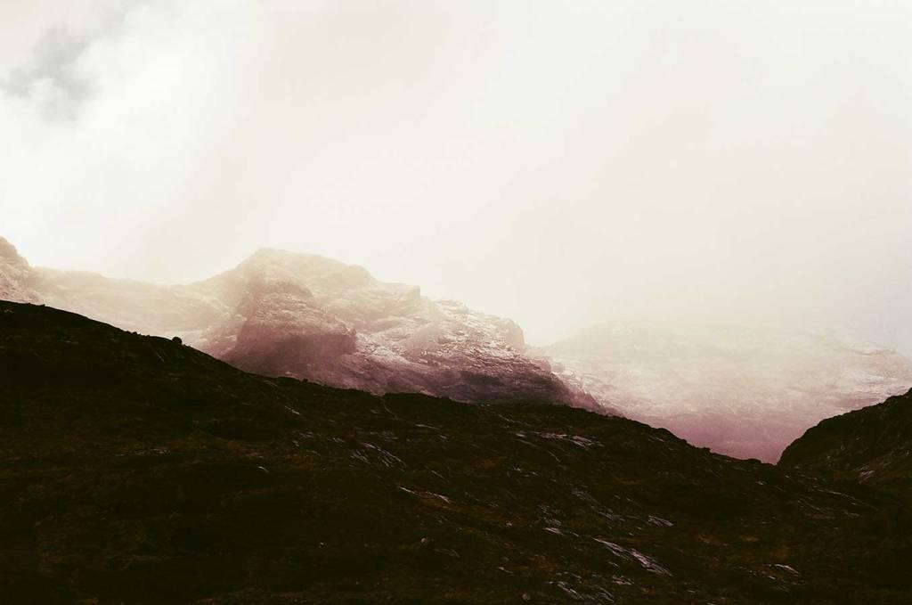 Dora Kontha, mountain landscape photography, 35mm photography, 겨울 풍경 사진, aesthetic landscape photos, fine art landscape photography, 桜 風景, landschapsfotografie