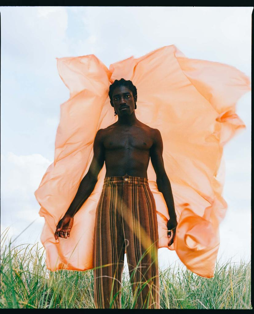 Myles Loftin, black photographer, black experience, black identity, marginalized individuals, artist of color, black artist, black representation, disability artist, tumblr photographer, queer artist, queer photographer, gay photographer,  흑인 사진 작가, 흑인 경험, 흑인 정체성, 소외된 개인, 유색인종 예술가, 흑인 예술가, 흑인 대표, 장애 예술가, 텀블러 사진 작가, 퀴어 아티스트, 퀴어 사진 작가, 게이 사진 작가, черный фотограф, опыт чернокожих, идентичность чернокожих, маргинализованные люди, художник цвета, художник чернокожих, репрезентация черных, художник-инвалид, фотограф tumblr, квир-художник, квир-фотограф, фотограф-гей, 黑人摄影师、黑人体验、黑人身份、边缘化个体、有色人种艺术家、黑人艺术家、黑人代表、残疾艺术家、tumblr 摄影师、酷儿艺术家、酷儿摄影师、同性恋摄影师, schwarzer fotograf, schwarze erfahrung, schwarze identität, marginalisierte menschen, künstler der farbe, schwarzer künstler, schwarze darstellung, behinderter künstler, tumblr-fotograf, queerer künstler, queerer fotograf, schwuler fotograf,